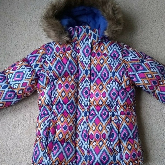 Vertical9 Other - Vertical 9® Girls' Faux Fur Trim Puffer Jacket